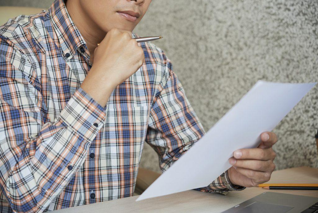Bien lire les conditions avant de signer le contrat de prêt